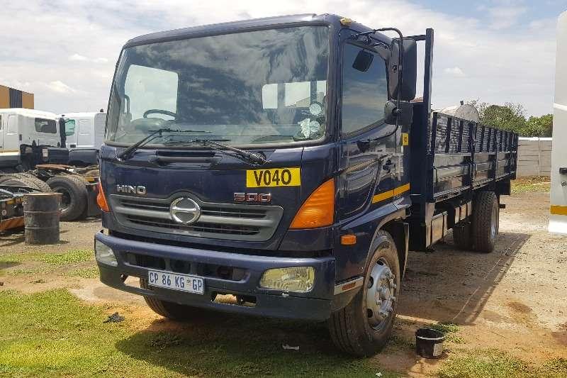 Hino Truck Dropside 16 26 2013
