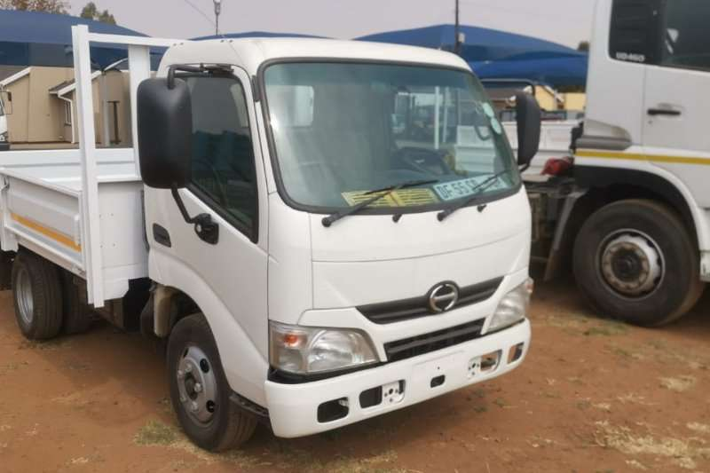 Hino Truck Dropside 2014 Hino 300 Series  Dropside body  Perfect for d 2014