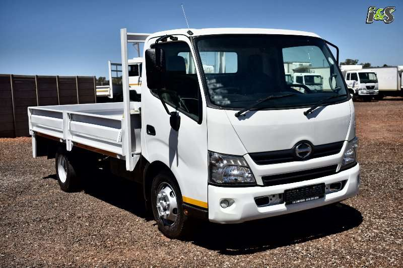 Hino Truck Dropside 300 714 Series 2013
