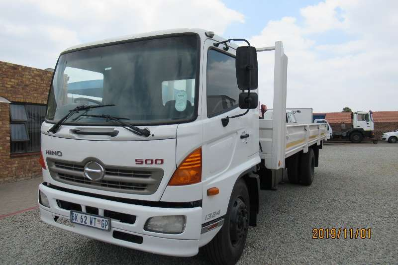 Hino Truck Dropside 500 1324 drop sides 2011