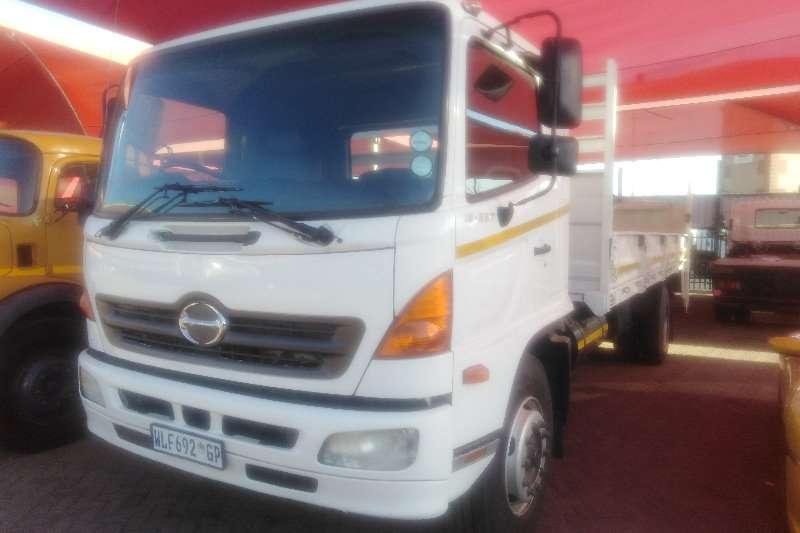 Hino Truck Dropside 500 257 8 TON DROPSIDE 2007