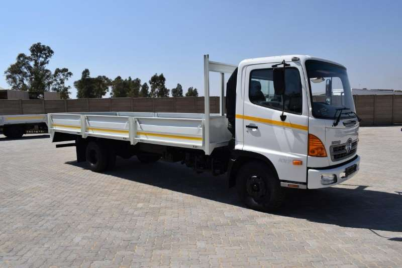 Hino Truck Dropside 500 Series 10176 2009