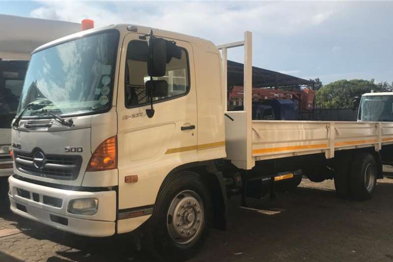Hino Truck Dropside Hino 13 237 Dropside Truck, Excellent 2009