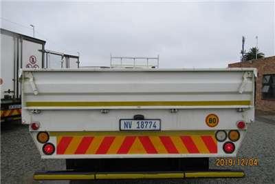 Hino Dropside Hino 1626 14 ton with dropsides Truck
