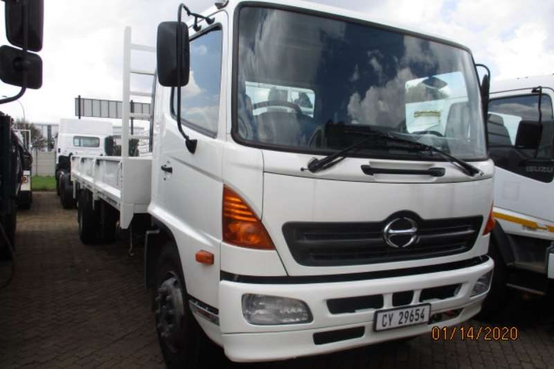 Hino Truck Dropside HINO 500 15 258 DROPSIDE 2008