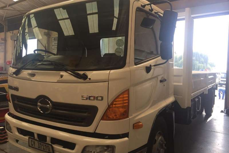 Hino Truck Dropside HINO 500 17 257 DROPSIDE 2009