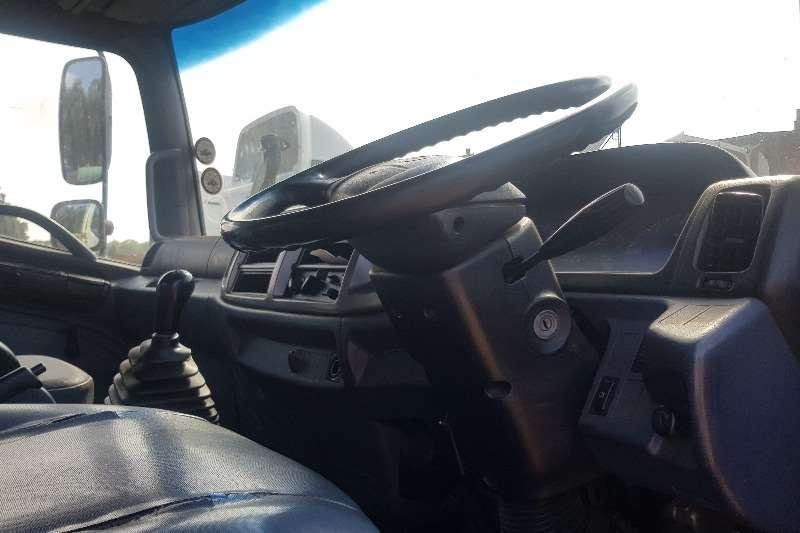 Hino Flat deck 15 258 Truck