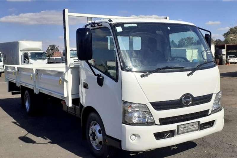 Hino Truck HINO 300 814 DROPSIDE 2016
