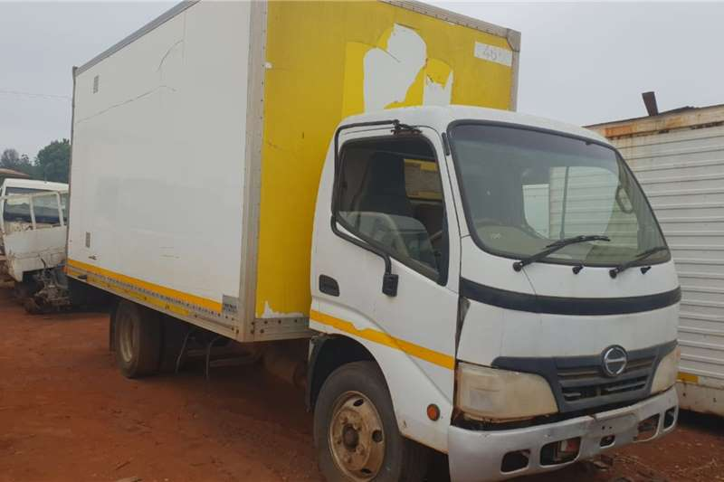 Hino Truck Hino 300 stripping for spares