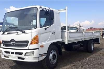Hino HINO 500 13237 VAN BODY Truck
