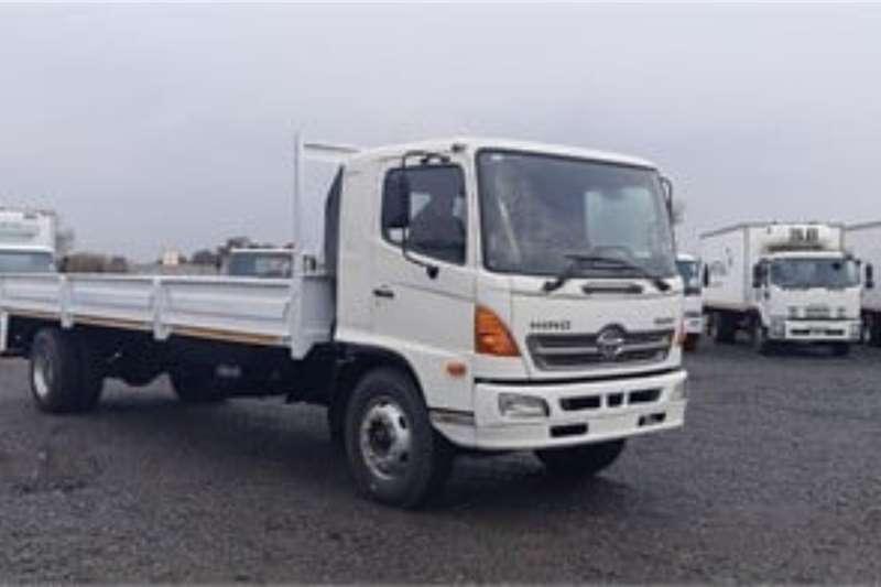 Hino HINO 500 1626 Dropside Truck