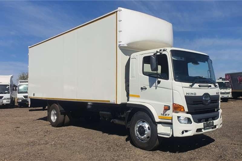 Hino HINO 500 1627 8 TON VAN BODY MANUAL Truck