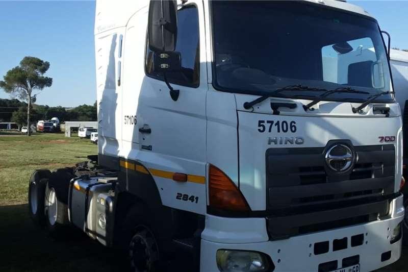 Hino Truck Hino 700 horse 2014