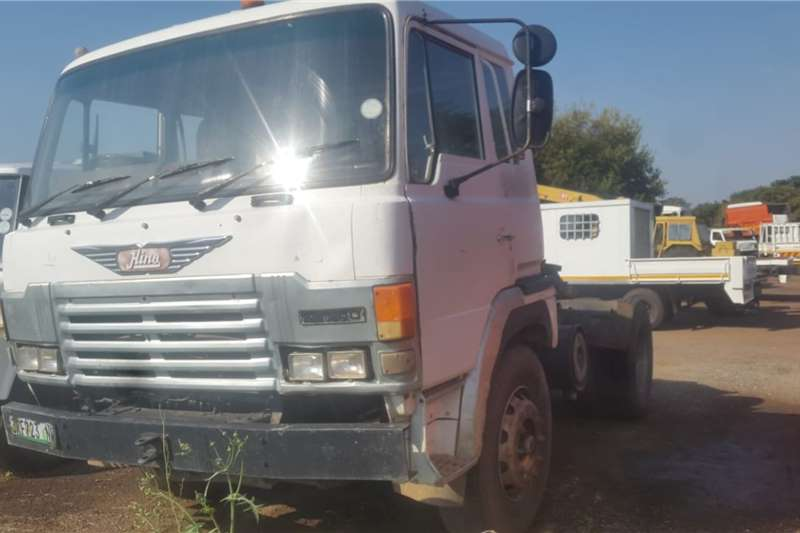 Hino Truck HINO SINGLE AXLE HORSE 1993