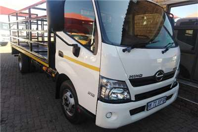 Hino Truck Other 300-815 4 TON WITH GAS CYLINDER BODY 2018