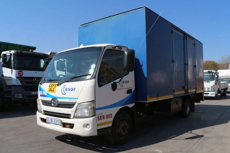 Hino Truck Other 300 915 Service Truck 2012