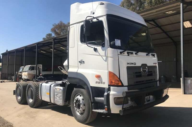 Hino Truck Other 700 2845 Horse 2011