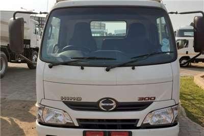 Hino Other HINO 300 614 GLASS BODY Truck