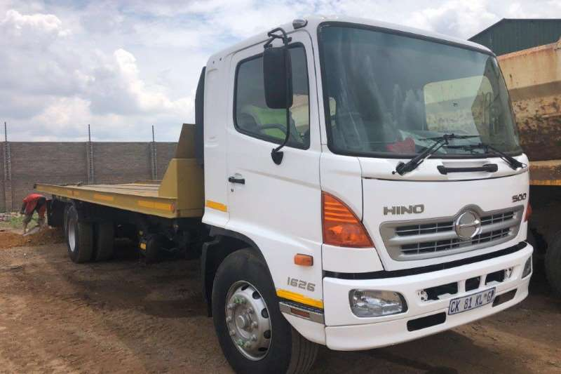 Hino Truck Roll back Hino 500 16.26 Rollback with Tailllift 2013