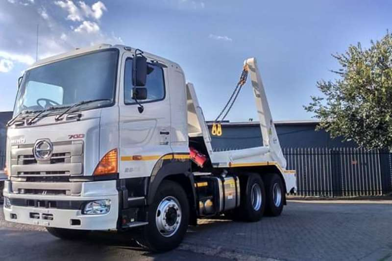 Hino Truck Skip Bin Loader Hino 2841 6x4 2019