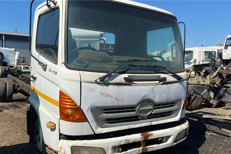 Hino 500 10 176 Truck spares and parts