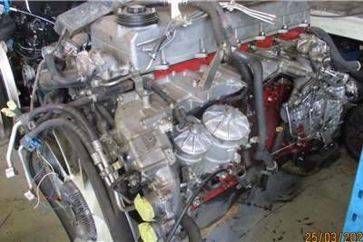 Hino Engines 700 E13C ENGINE Truck spares and parts