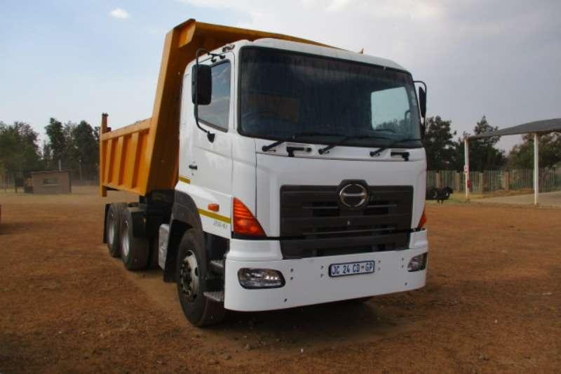 Hino Truck Tipper HINO 700 2841 10 CUBE TIPPER