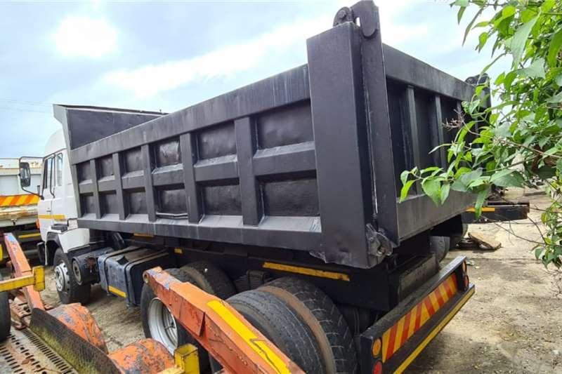 Hino Tipping body Hino 26.280 ADE447 6x4 10cube tipper Truck