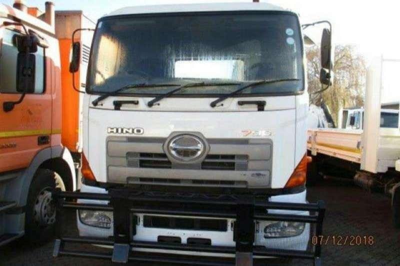 Hino Truck-Tractor Double Axle Hino 700 - 57 -450 , Hydraulics, RWC 2005