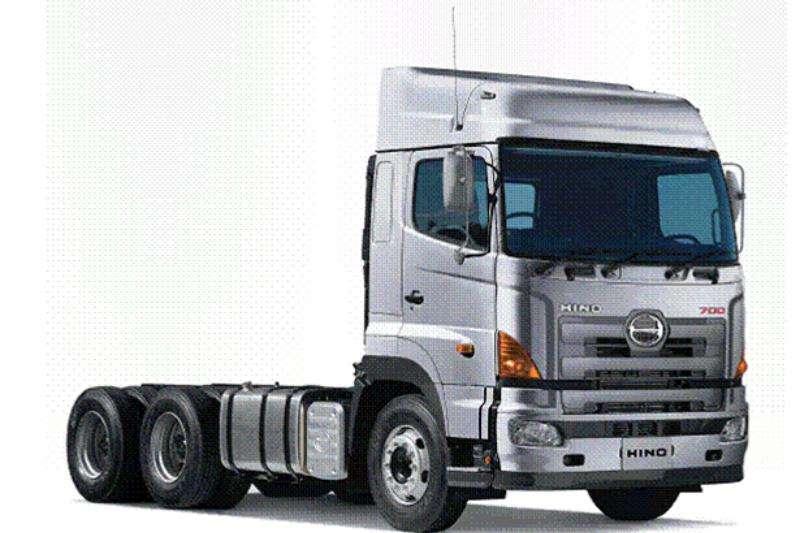 Hino Truck-Tractor Double Axle New Hino 700 - 2841 TT 2019