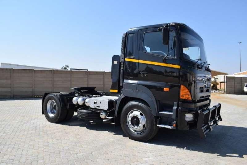 Hino Truck-Tractor Single axle 700 Series 46 410 2008