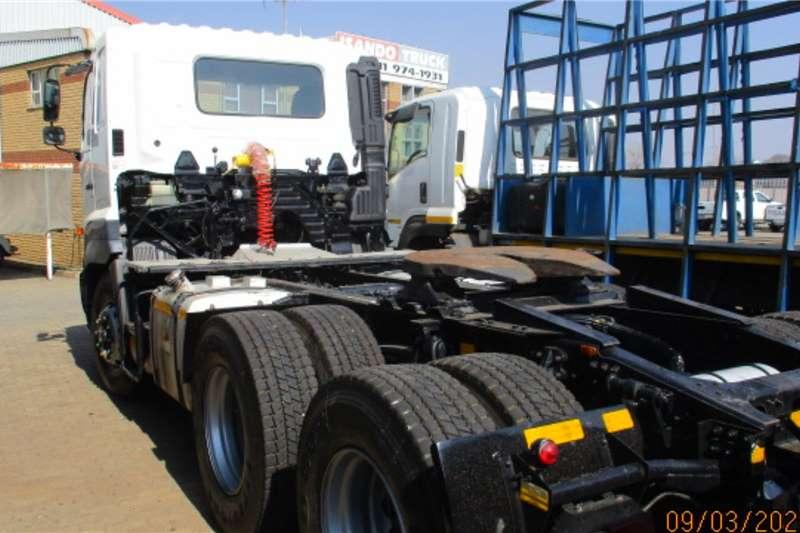 Hino HINO 700 2841 6 X 4 TRUCK TRACTOR Truck tractors