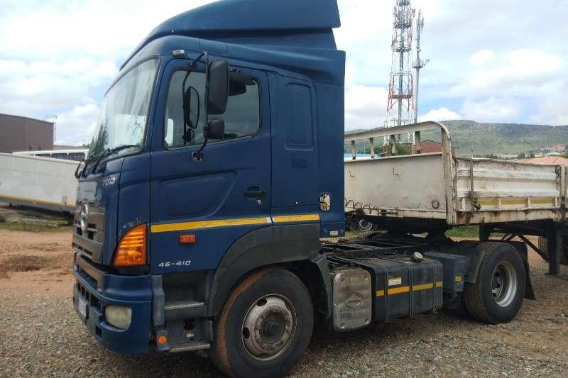 Hino HINO 700 46 410 HORSE Truck tractors