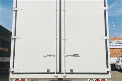 Hino Van body 500 2626 Truck