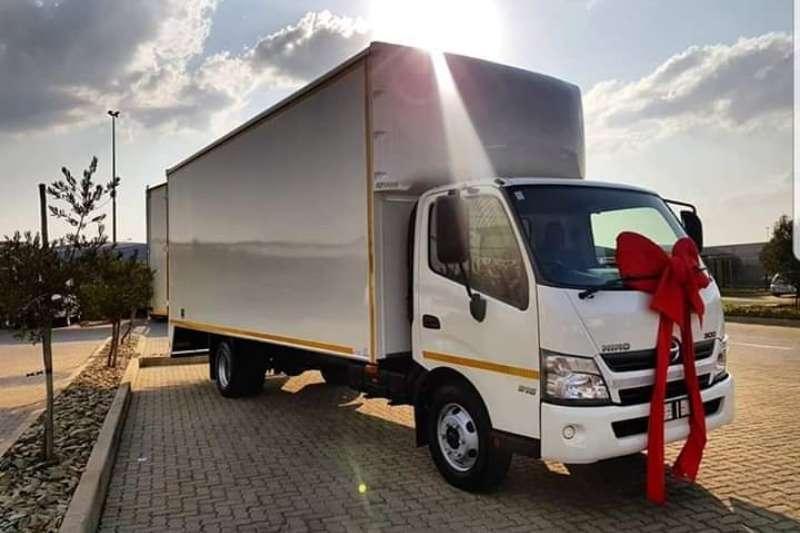 Hino Truck Van body Hino 915 fc 2020