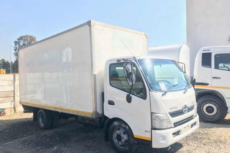 Hino Truck Volume body 300 814 Volume Body 2012