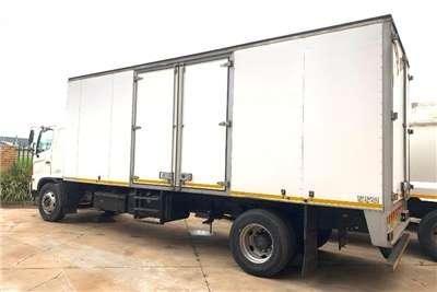 Hino Volume body 500 1626 F/C 8 Ton Volume Van Truck