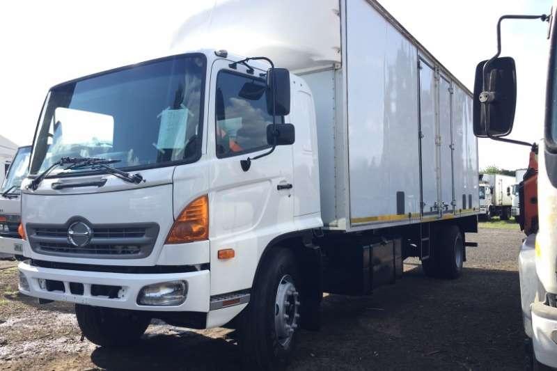Hino Truck Volume body 500 1626 Volume Body 2014