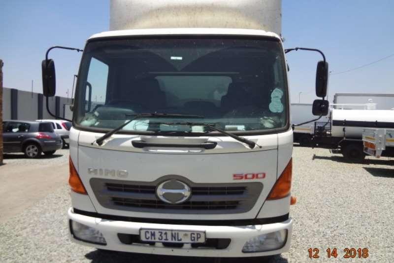 Hino Volume body Hino 500 1017 Truck