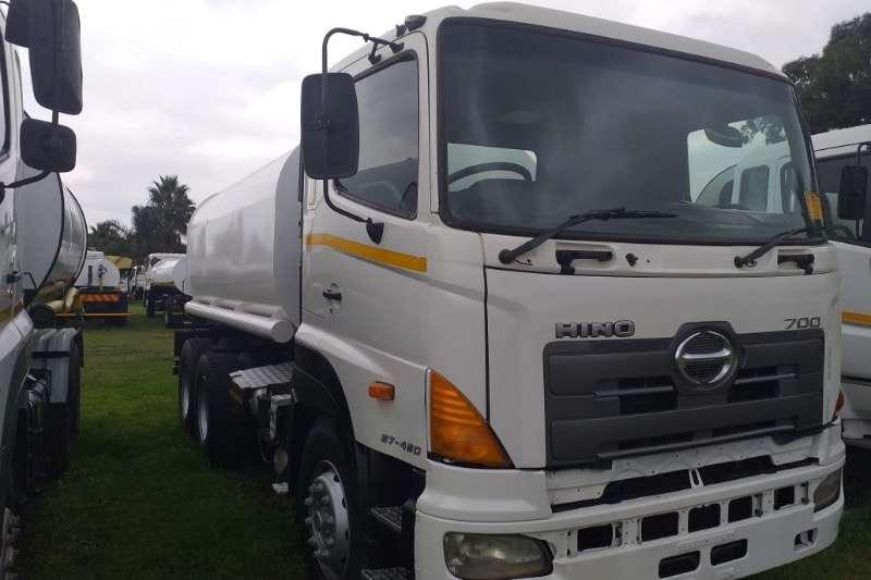 Hino HINO 1600 litre WATER TANKER Water bowser trucks