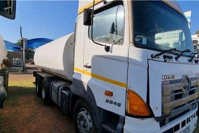 Hino Hino 18 000 L Water bowser trucks