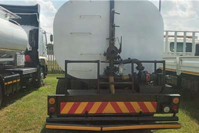 Hino HINO 700   16 000 LITRES WATER TANKER FOR SALE Water bowser trucks
