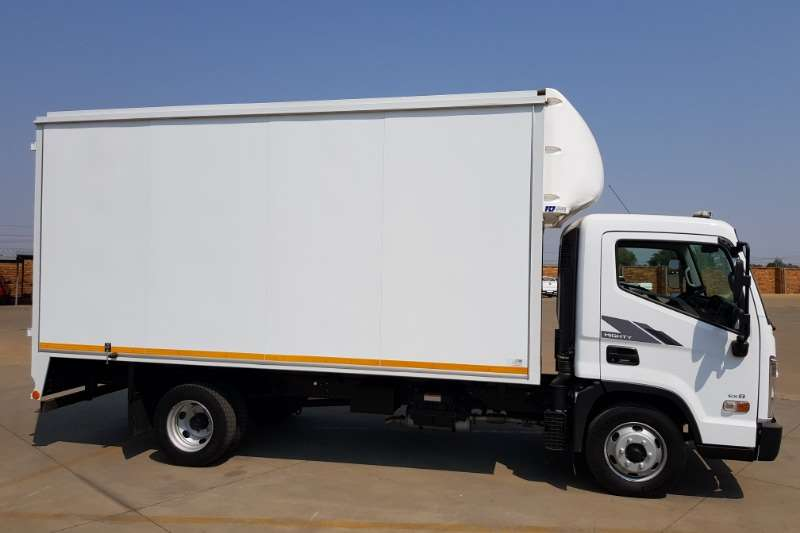Hyundai Box trucks EX8 2020