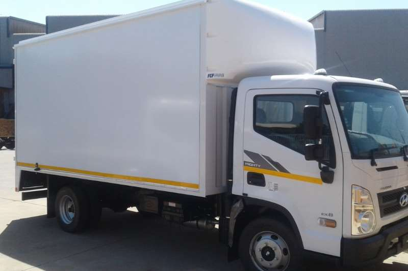 Hyundai EX8 Box trucks