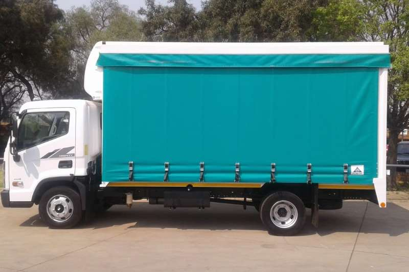 Hyundai Curtain side trucks EX8 2020