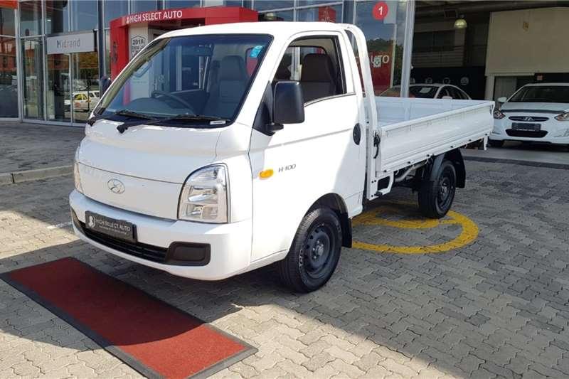 Hyundai 2021 Hyundai H100 Bakkie 2.6d F/c C/c Dropside trucks