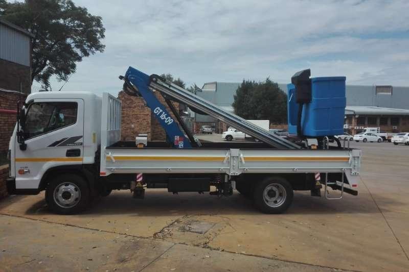 Hyundai Truck Cherry picker EX8 2020
