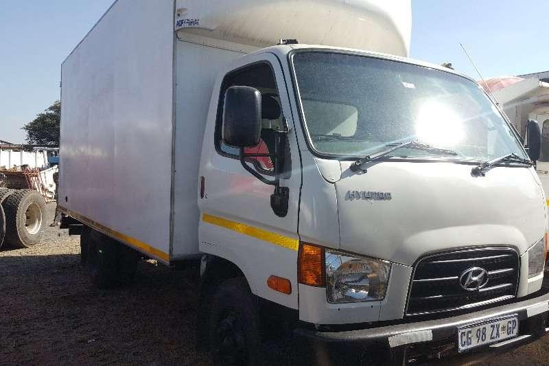 Hyundai Truck Closed body 2013