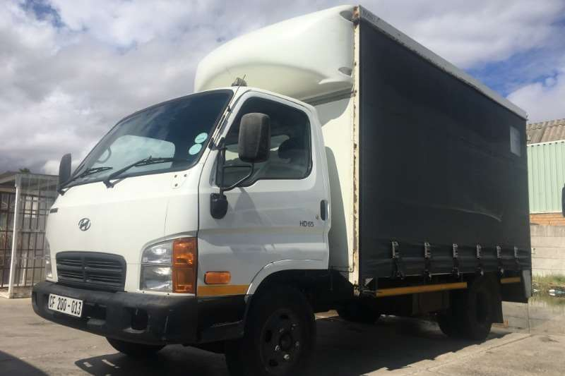 Hyundai Truck Curtain side HD65 TAUTLINER 2012