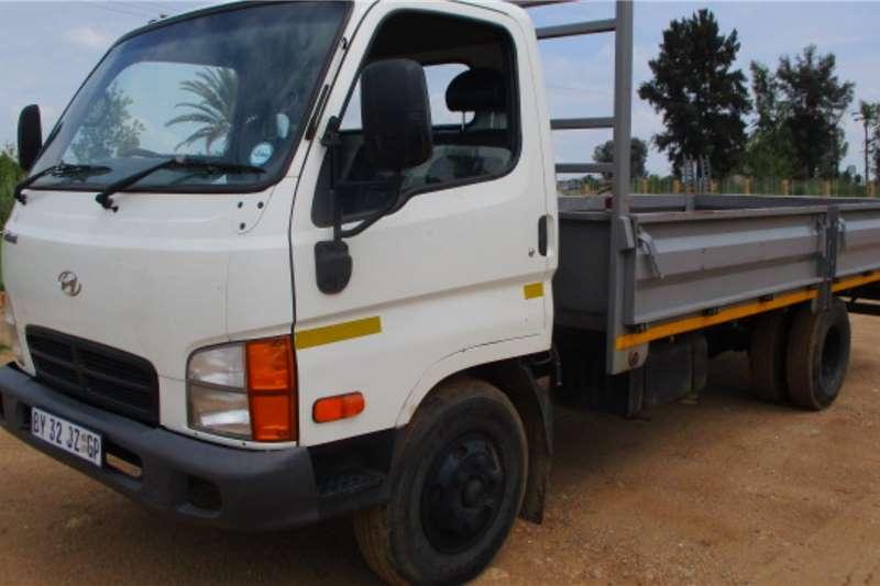 Hyundai Truck Dropside HD 72 2012